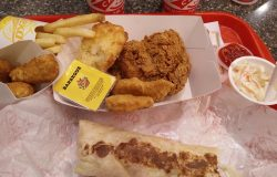 Makan ayam dan wrap di Texas Chicken Malaysia Pulau Pinang