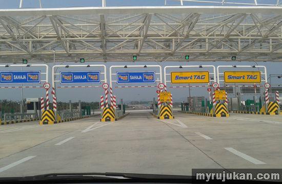 Gambar kaunter Bayar Tol Jambatan Pulau Pinang Kedua