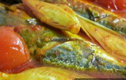 Hidangan masakan asam pedas ikan kembung