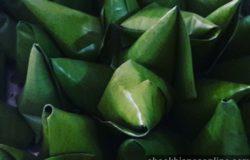 Bungkusan daun pisang kuih abuk abuk