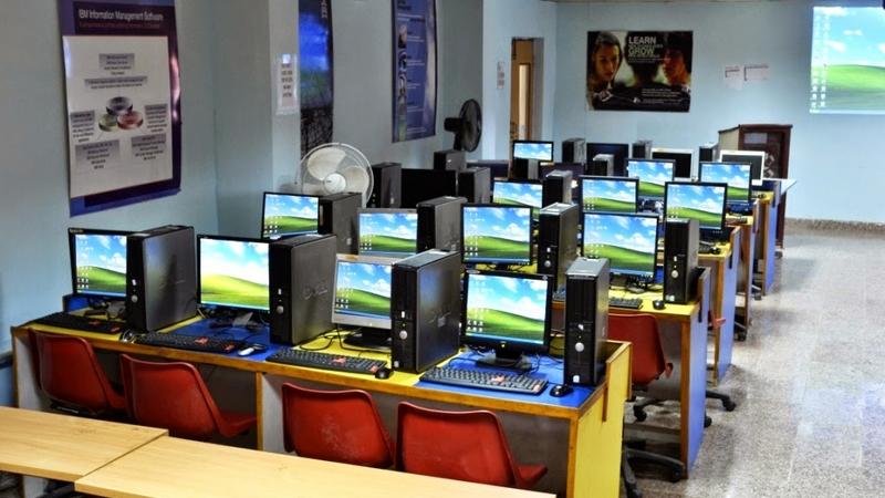 Kos jalankan bisnes cyber cafe yang murah dan jimat