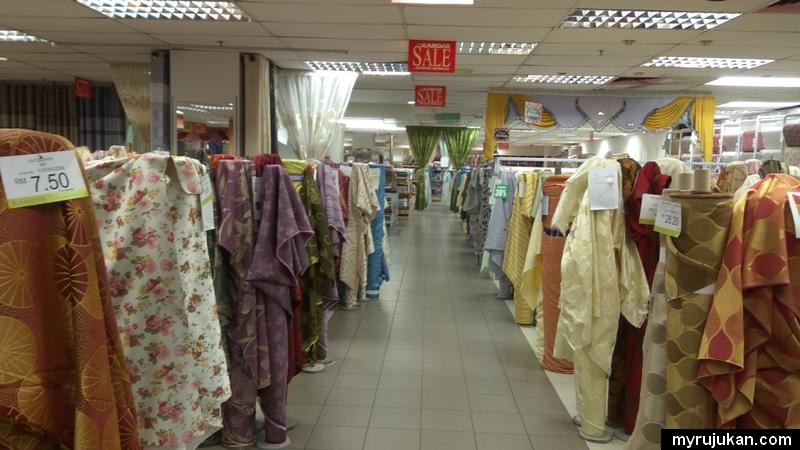 Ada banyak pilihan kain langsir untuk anda tempah langsir di kamdar