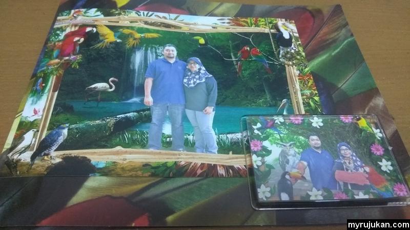 Gambar kenangan bersama di Taman Burung Penang