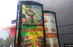 Iklan Durian McFlurry dengan harganya