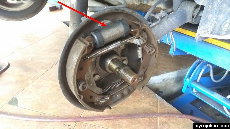 Brake pump yang baru telah diganti untuk Proton Saga
