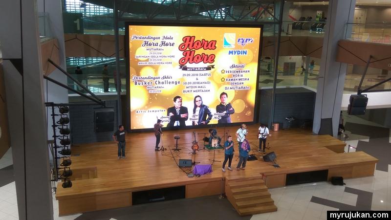 Pertandingan akhir Busker Challenge di pasaraya Mydin jalan baru Penang
