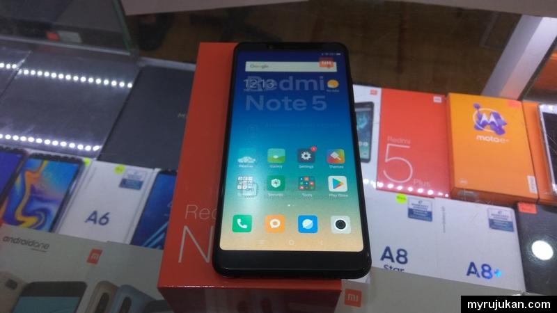 Unboxing smartphone Xiaomi Redmi Note 5