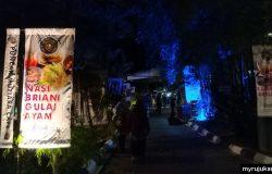 Gambaran pintu masuk ke Puncak Mutiara Cafe Kg Pelet