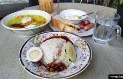 Antara menu yang kami order di Riniey Butik Cafe Permatang Pauh Pulau Pinang