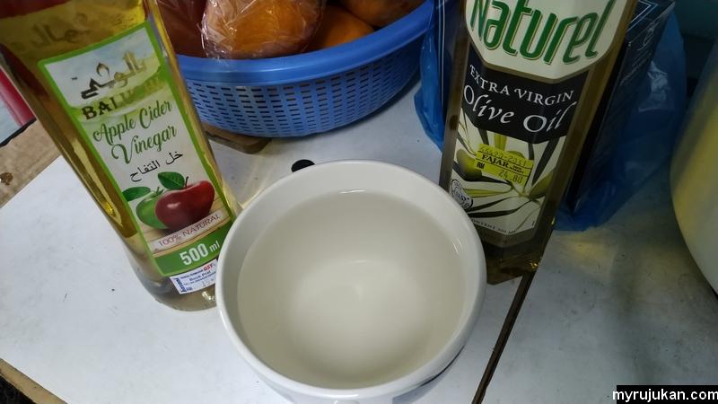 Persediaan membuat air cuka epal iaitu apple cider vinegar