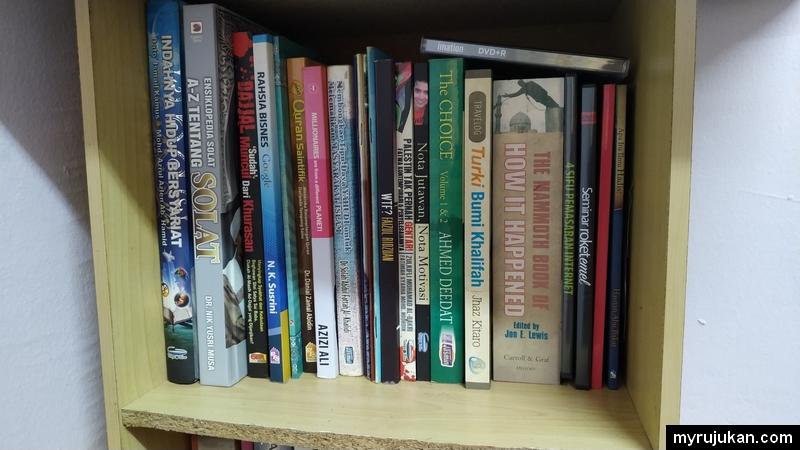 Antara koleksi buku yang saya pernah beli