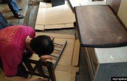 Proses pemasangan DIY meja kopi