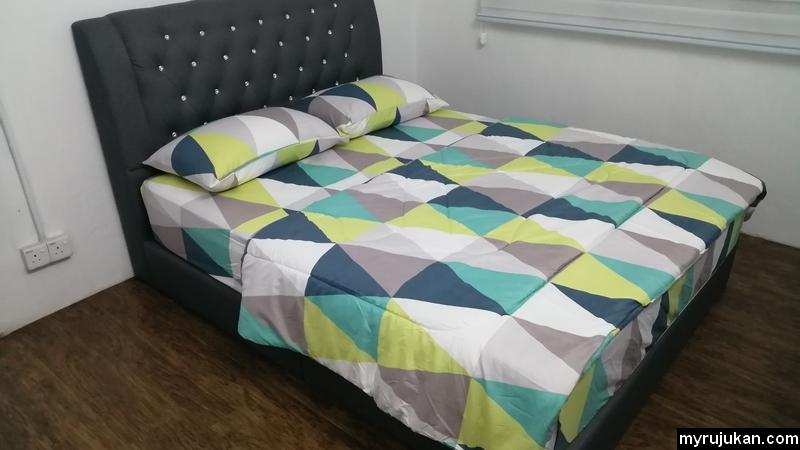Bilik master bedroom yang selesa