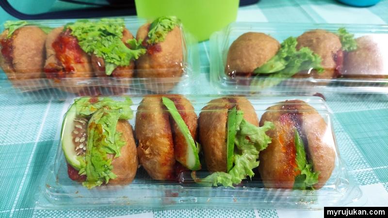 Buat bisnes makanan delivery dengan menjual kuih burger Malaysia